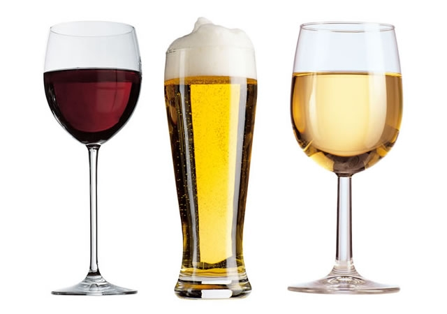 Hati-Hati dengan Alkohol Saat di Pesawat