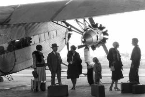suasana pesawat komersial era 1930-an