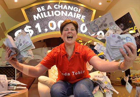 Beli Minuman di Changi Turis Irlandia Mendadak Jadi Miliarder