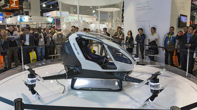 Ehang 184, quadcopter yang mampu membawa satu penumpang manusia diluncurkan dalam Consumer Electronics Show (CES), di Las Vegas, Amerika Serikat, 6 Januari 2016.