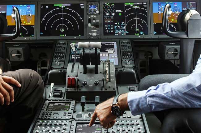 Kemampuan Terbang Manual Pilot AS