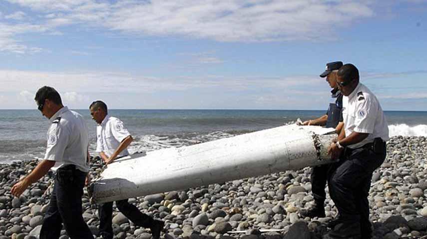 Penemuan sayap MH370 di Pulau Reuni Prancis. (Dailymail)