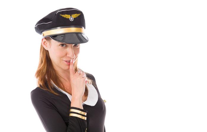 PENGAKUAN JUJUR PRAMUGARI: Ludahi Minuman Penumpang hingga Terobsesi Pesawat Jatuh