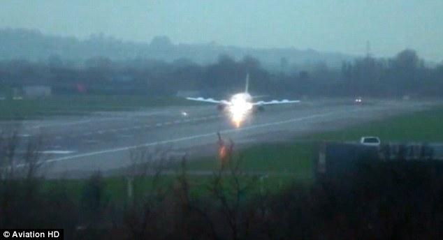 British Airways mendarat dengan selamat meski salah satu mesinnya mengalami gangguan