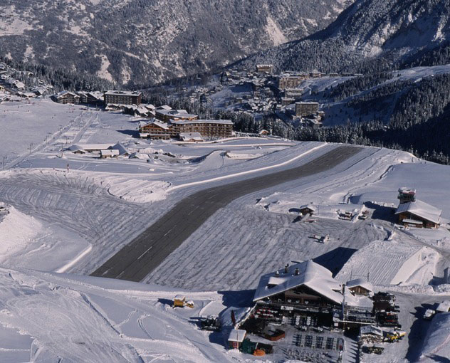 Courchevel-Airport-France-Ini Dia Beberapa Runway Ekstrem di Dunia-Bag II