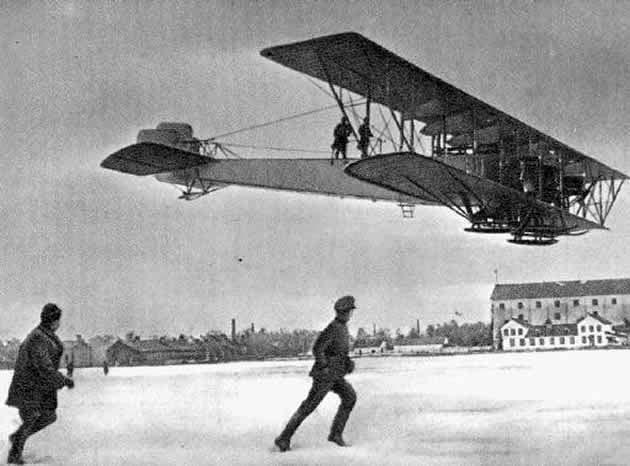 pesawat empat mesin raksasa pertama dunia Ilya Muromets