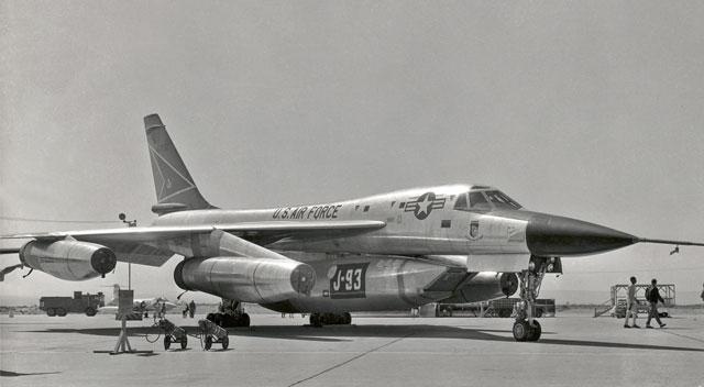 TODAY HISTORY: Layanan Airmail Trans-Atlantik Pertama di Dunia