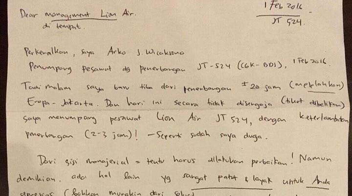 """Kesal Pesawat Delay, Penumpang Lion Air Tulis """"Surat Cinta"""" buat Manajemen"""