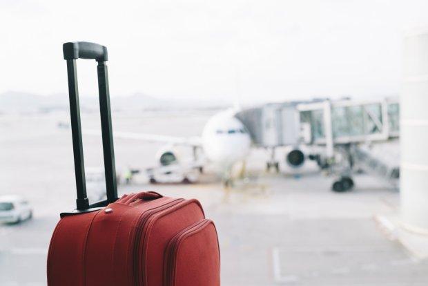 Penumpang Wanita Air France Selundupkan Bayi dalam Tas