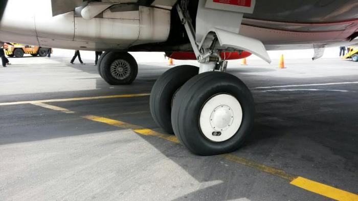Roda Macet Tertahan Cekungan di Bandara, Lion Air Molor Terbang