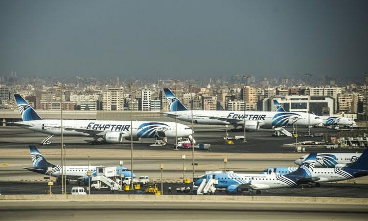 Pejabat Mesir Yakini EgyptAir MS804 Jatuh di Lautan
