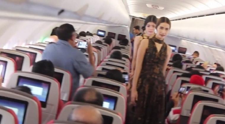 Wah! Ada Fashion Show di Penerbangan Batik Air