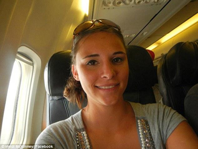 Raba-raba Kemaluan Penumpang Lain, Wanita Diringkus di Bandara