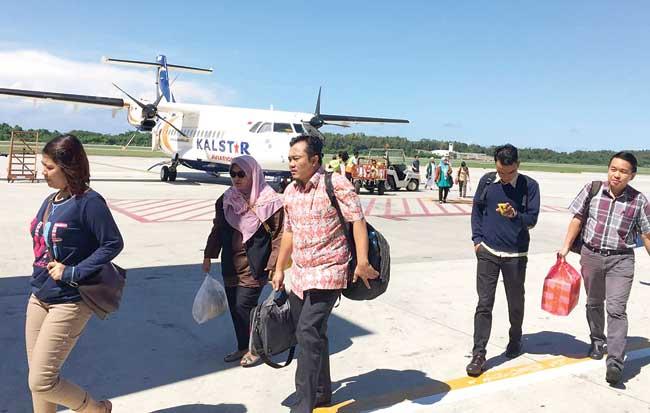 Gara-Gara Harus Jalan Kaki di Bandara, Anggota DPR Adukan Kalstar ke Kemenhub