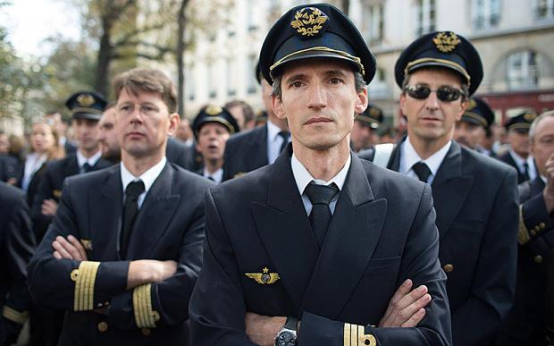 Hari Kedua Piala Eropa, Pilot Air France Mogok Kerja