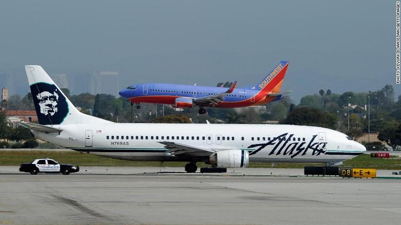 Alaska Airlines Terbang dengan Bahan Bakar Fermentasi Jagung
