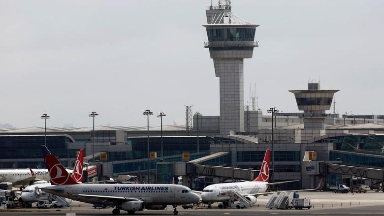 Turkish Airlines Hentikan Penerbangan Pascateror Ataturk