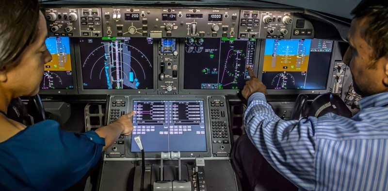 Boeing Terapkan LCD Touchscreen pada Cockpit B-777X