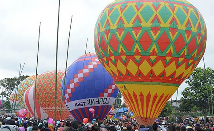 Terbangkan Balon Udara Dibolehkan Asal Dilengkapi dengan Deteksi Radar